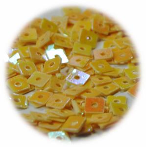 Kostičky s otvorem krémová hologram
